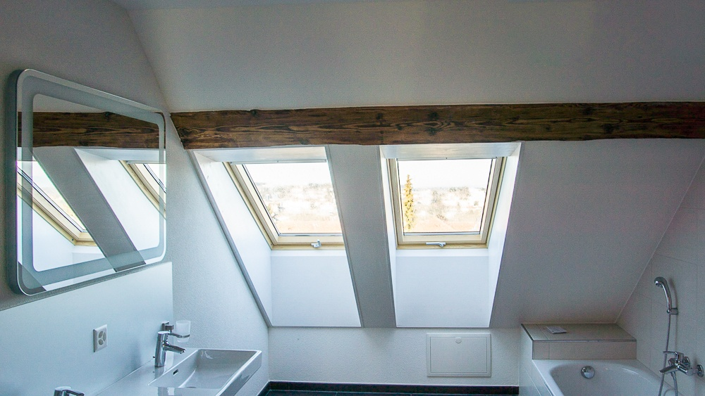 velux dachfenster beautiful velux dachfenster with velux dachfenster velux kaufen sie online. Black Bedroom Furniture Sets. Home Design Ideas
